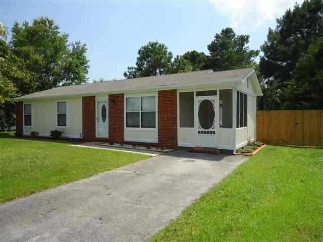 108 Pecan Lane, Jacksonville, NC 28546 (MLS #100117939) :: RE/MAX Elite Realty Group