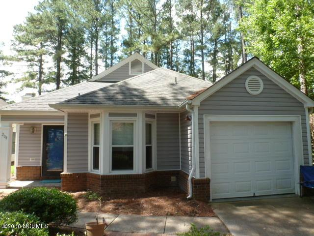206 Fairways West Court, New Bern, NC 28562 (MLS #100118224) :: The Keith Beatty Team