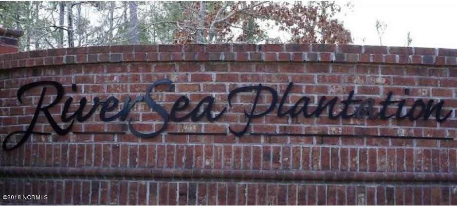 813 Cedarhurst Drive - Photo 1