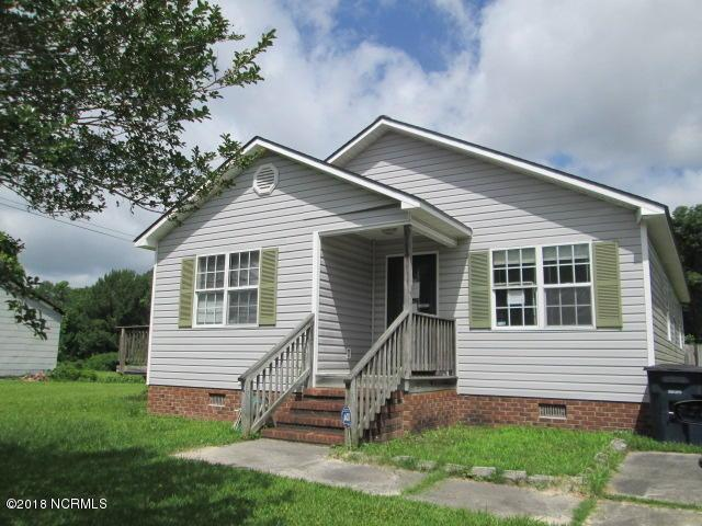 407 S Shore Drive, Jacksonville, NC 28540 (MLS #100118631) :: Century 21 Sweyer & Associates