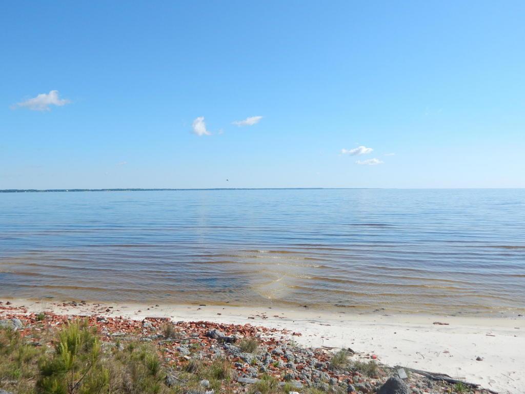 635 Shadyview Beach Road - Photo 1