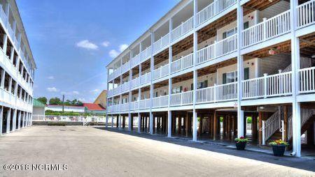 105 SE 58th Street #9203, Oak Island, NC 28465 (MLS #100119677) :: Courtney Carter Homes