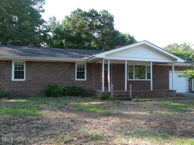 605 Croomsbridge Road, Burgaw, NC 28425 (MLS #100121616) :: Century 21 Sweyer & Associates