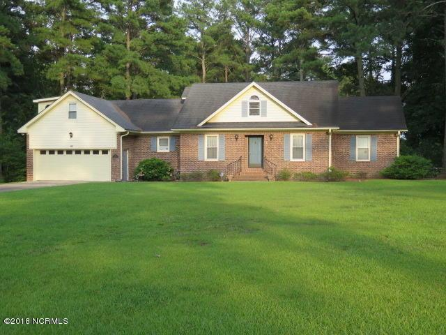 400 Fox Lake Drive, Clinton, NC 28328 (MLS #100123742) :: Coldwell Banker Sea Coast Advantage