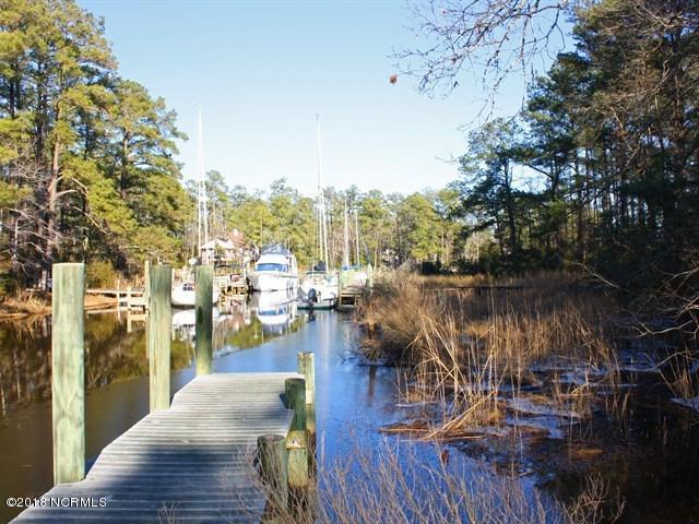 6011 Harbour Way, Oriental, NC 28571 (MLS #100127768) :: The Bob Williams Team