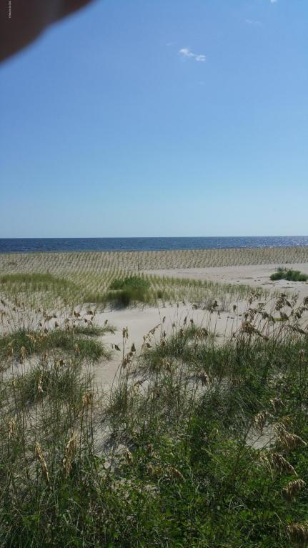 2909 E Beach Drive, Oak Island, NC 28465 (MLS #100128938) :: The Oceanaire Realty