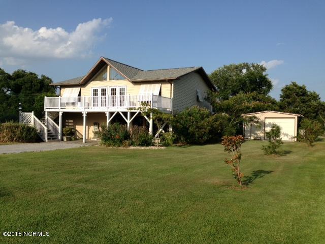 120 Cedar Lane, Cedar Point, NC 28584 (MLS #100130132) :: Courtney Carter Homes