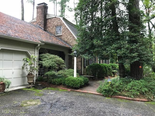 1135 Woodland Drive NW, Wilson, NC 27893 (MLS #100130225) :: David Cummings Real Estate Team