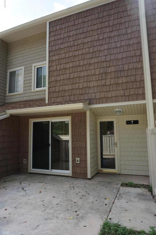 7 Quarterdeck, New Bern, NC 28562 (MLS #100130829) :: Century 21 Sweyer & Associates