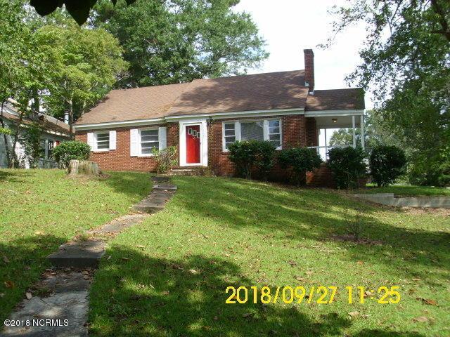 387 Queen Street, Grifton, NC 28530 (MLS #100134957) :: The Pistol Tingen Team- Berkshire Hathaway HomeServices Prime Properties