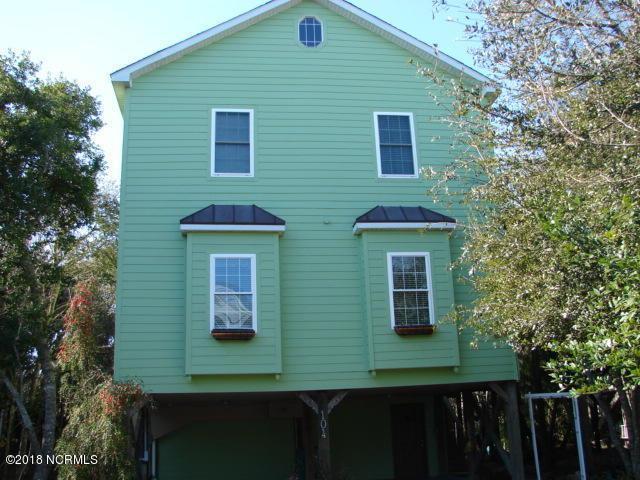 104 Pelican Court, Surf City, NC 28445 (MLS #100136559) :: Courtney Carter Homes
