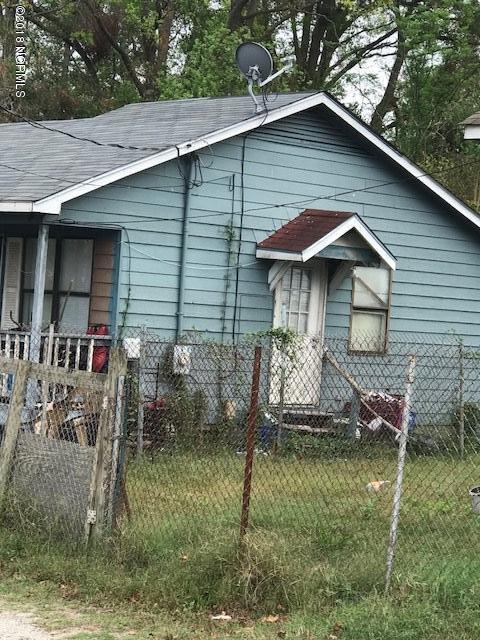 906 Starkey Alley, Wilmington, NC 28401 (MLS #100137144) :: RE/MAX Essential