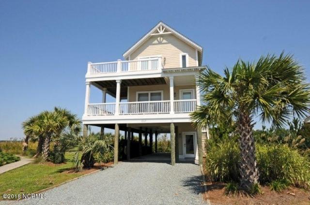 110 Seaside Lane, North Topsail Beach, NC 28460 (MLS #100139795) :: Coldwell Banker Sea Coast Advantage