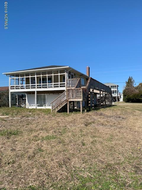 299 Grandview Drive, Sneads Ferry, NC 28460 (MLS #100145872) :: Century 21 Sweyer & Associates