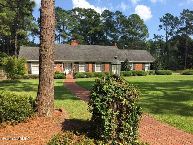 2115 S Canterbury Road, Wilmington, NC 28403 (MLS #100145922) :: Berkshire Hathaway HomeServices Prime Properties