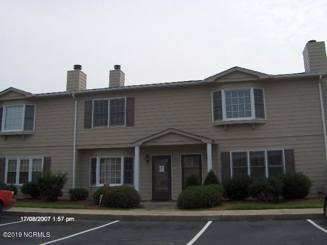 3326 Landmark Street D7, Greenville, NC 27834 (MLS #100146722) :: The Pistol Tingen Team- Berkshire Hathaway HomeServices Prime Properties