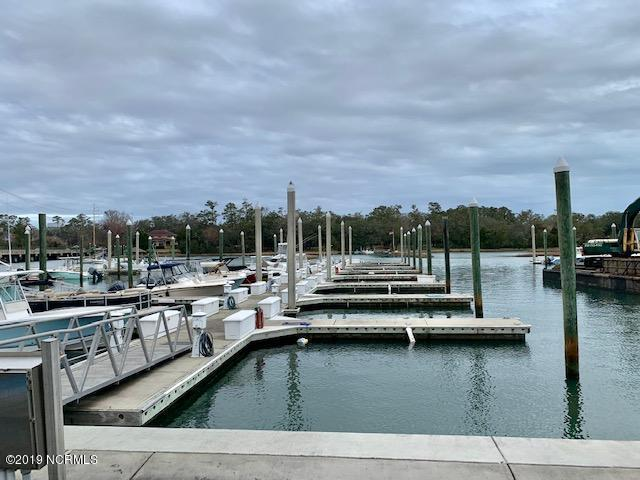 6338 Oleander Drive Pier 5-14, Wilmington, NC 28403 (MLS #100147299) :: David Cummings Real Estate Team