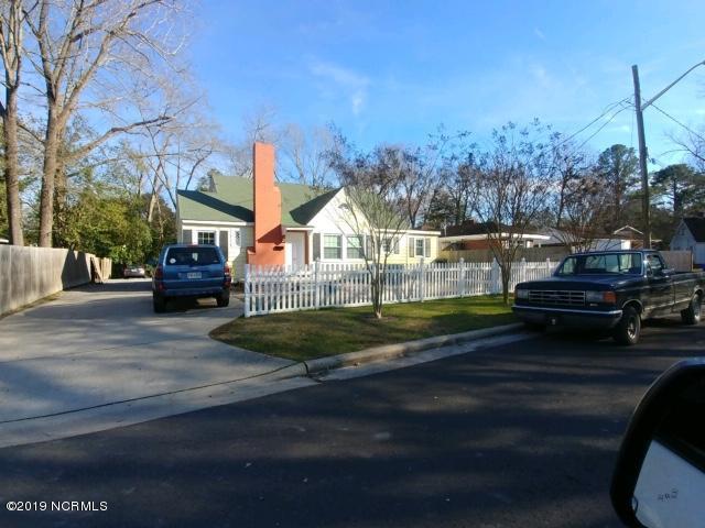114 Park Drive, Greenville, NC 27858 (MLS #100149500) :: Berkshire Hathaway HomeServices Prime Properties