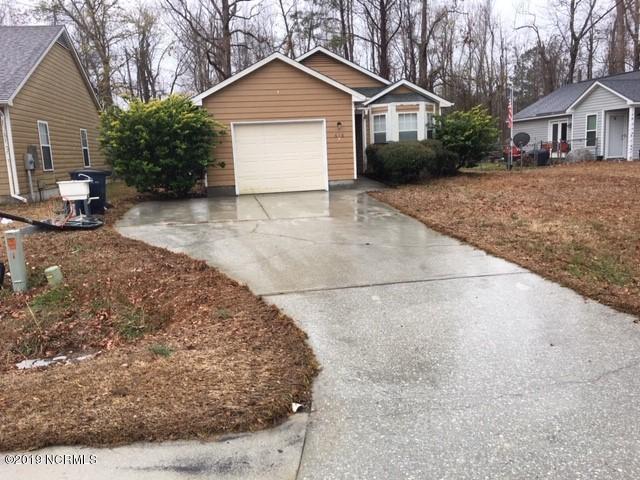 618 S Hampton Drive, Jacksonville, NC 28546 (MLS #100150901) :: Courtney Carter Homes