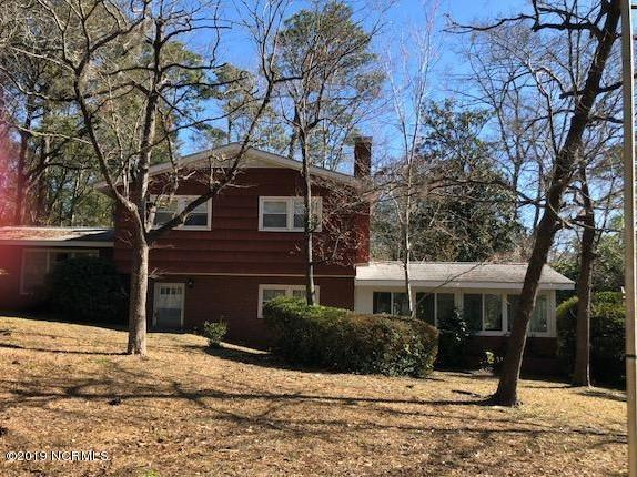 1935 E Lake Shore Drive, Wilmington, NC 28401 (MLS #100151667) :: Vance Young and Associates