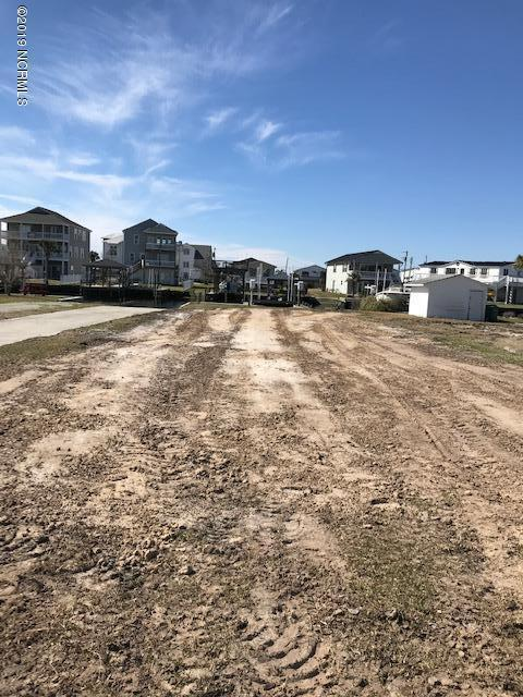 6095 6th Street, Surf City, NC 28445 (MLS #100152136) :: RE/MAX Essential
