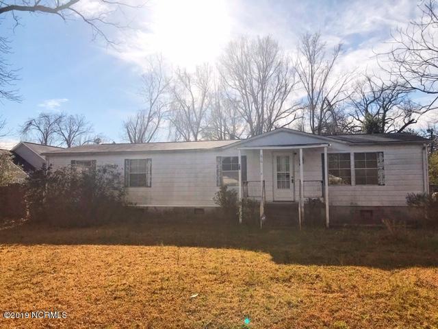 610 Bynum Avenue, Maysville, NC 28555 (MLS #100155804) :: RE/MAX Elite Realty Group
