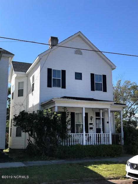 403 7th Street - Photo 1