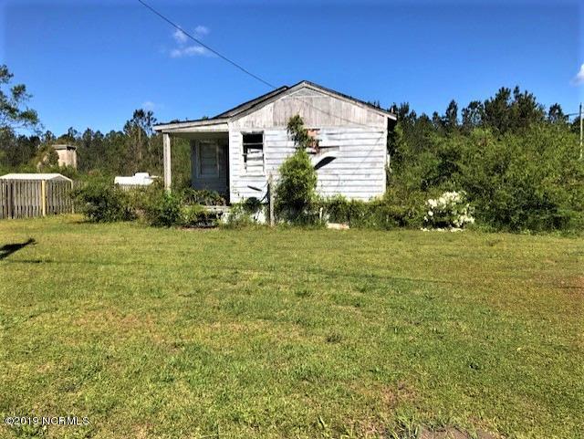 121 Jones Street, Holly Ridge, NC 28445 (MLS #100161179) :: Courtney Carter Homes