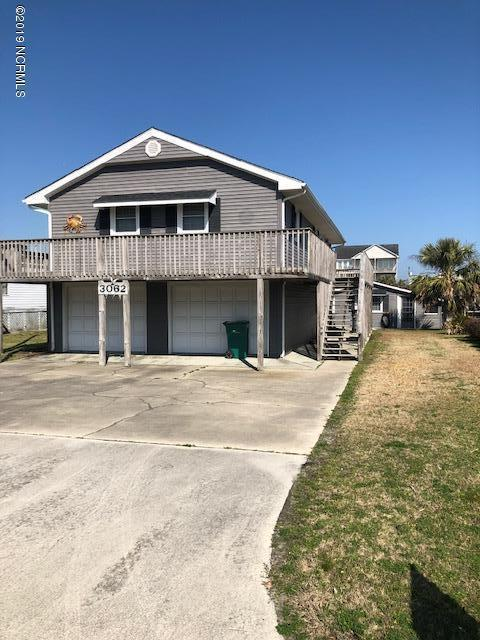 3062 3 Rd Street, Surf City, NC 28445 (MLS #100161776) :: Donna & Team New Bern