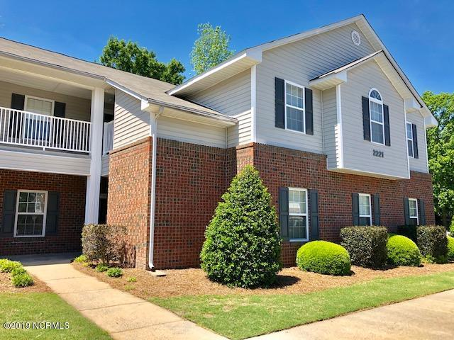 2221 Locksley Woods Drive C, Greenville, NC 27858 (MLS #100161845) :: The Oceanaire Realty