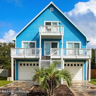 114 W Pelican Drive, Oak Island, NC 28465 (MLS #100161991) :: Donna & Team New Bern