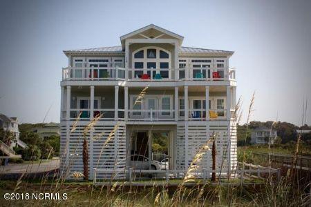 116 SE 67th Street, Oak Island, NC 28465 (MLS #100164430) :: Coldwell Banker Sea Coast Advantage
