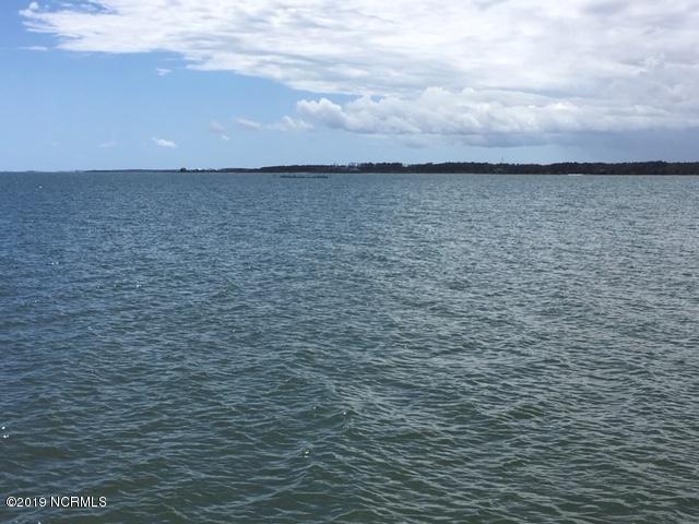 412 Seashore Drive - Photo 1