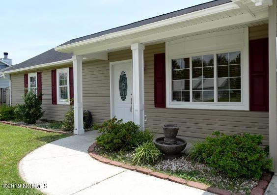 158 Glenwood Drive, Hubert, NC 28539 (MLS #100167167) :: Century 21 Sweyer & Associates
