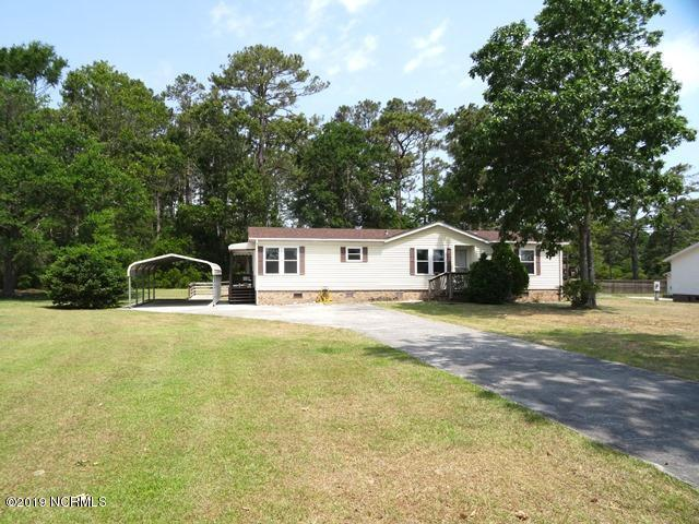220 Ocean Spray Drive, Swansboro, NC 28584 (MLS #100168531) :: Donna & Team New Bern