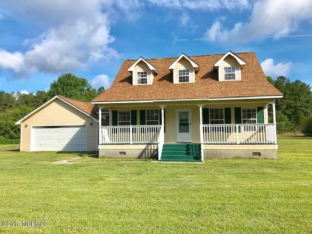 305 Bridal Creek Drive, Burgaw, NC 28425 (MLS #100172348) :: Century 21 Sweyer & Associates