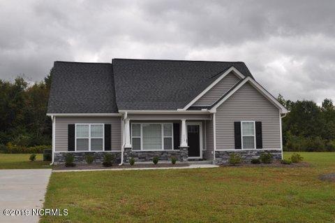1732 Penncross Drive, Greenville, NC 27834 (MLS #100172660) :: Berkshire Hathaway HomeServices Prime Properties