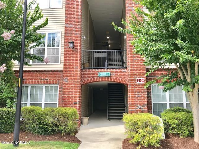 2801 Bloomfield Lane #104, Wilmington, NC 28412 (MLS #100174862) :: Coldwell Banker Sea Coast Advantage