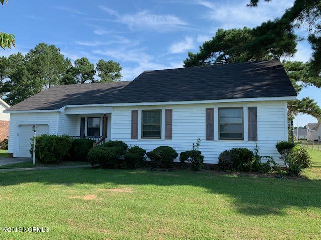 826 Davenport Farm Road, Winterville, NC 28590 (MLS #100176193) :: The Pistol Tingen Team- Berkshire Hathaway HomeServices Prime Properties