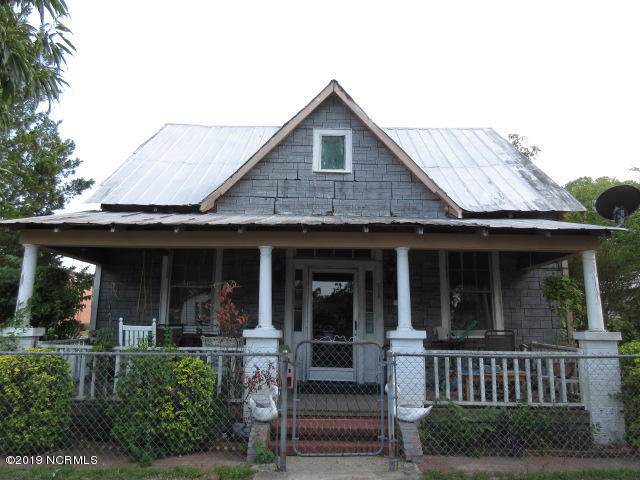 520 Harnett Street, Wilmington, NC 28401 (MLS #100179758) :: Donna & Team New Bern