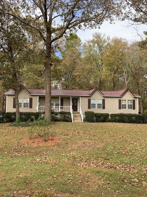 21621 Old Maxton Road, Maxton, NC 28364 (MLS #100193643) :: Courtney Carter Homes