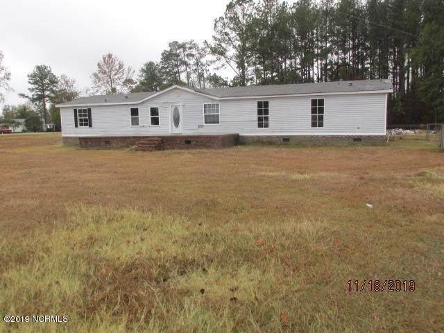 175 Hemlock Drive, Bladenboro, NC 28320 (MLS #100194911) :: CENTURY 21 Sweyer & Associates
