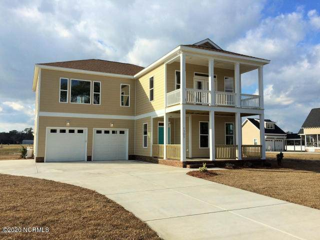 1305 Barnacle Lane, Morehead City, NC 28557 (MLS #100203821) :: Courtney Carter Homes