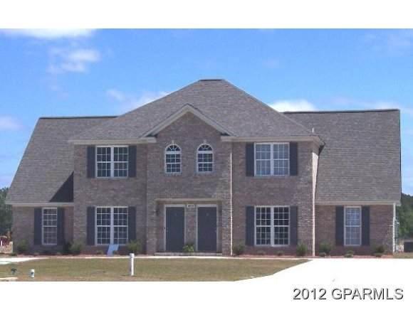 4017 Lucerne Court B, Winterville, NC 28590 (MLS #100212373) :: The Tingen Team- Berkshire Hathaway HomeServices Prime Properties