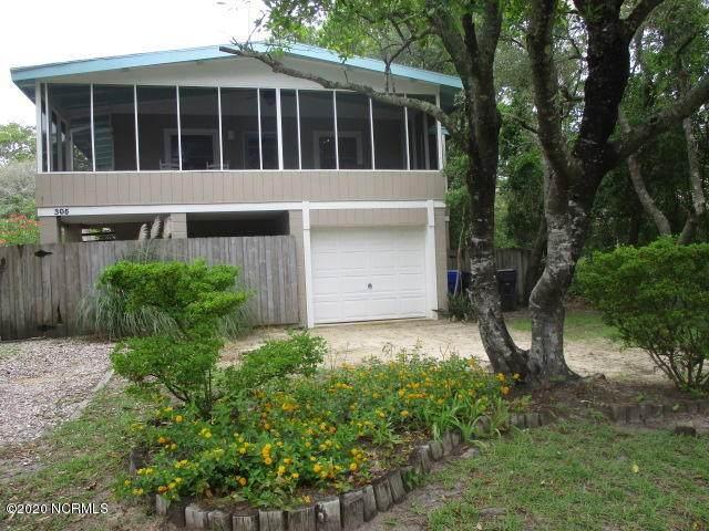 305 Crowell Street, Oak Island, NC 28465 (MLS #100220609) :: Lynda Haraway Group Real Estate