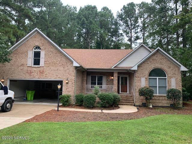 110 Oakmont Circle, New Bern, NC 28562 (MLS #100235883) :: The Tingen Team- Berkshire Hathaway HomeServices Prime Properties
