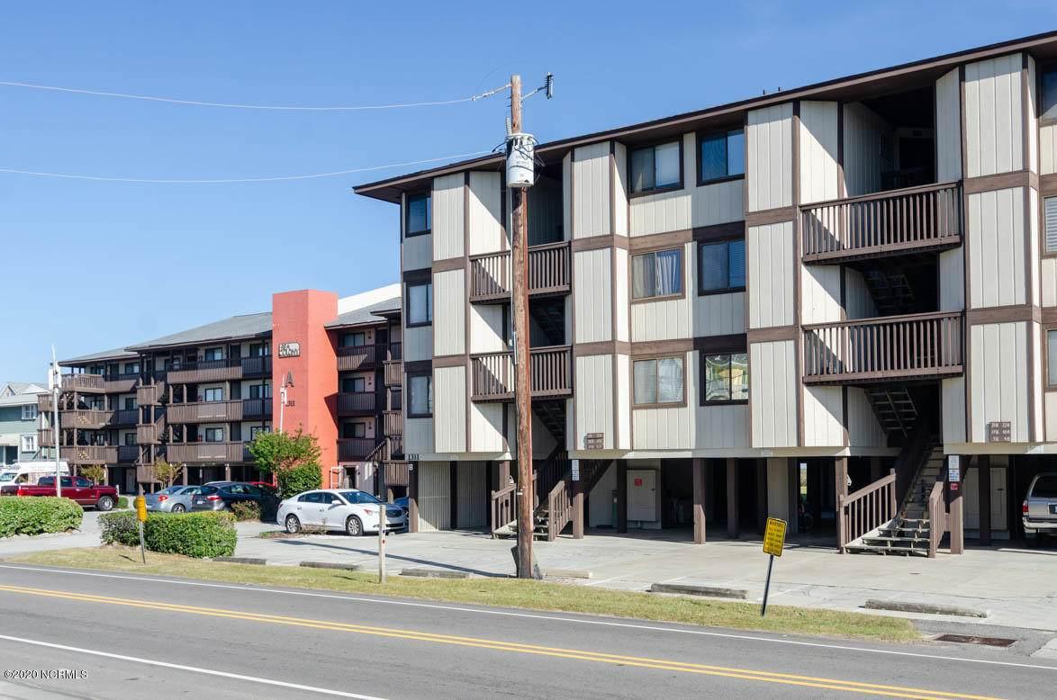 1311 Lake Park Boulevard - Photo 1