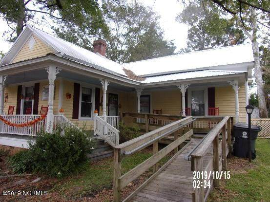 104 Dickerson Street - Photo 1