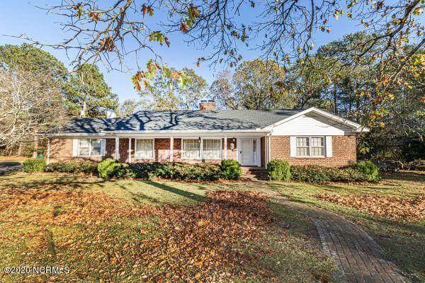 805 Weeks Drive, Tarboro, NC 27886 (MLS #100246065) :: Berkshire Hathaway HomeServices Hometown, REALTORS®