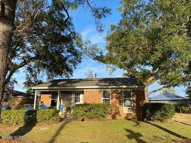 1302 N 26th Street, Wilmington, NC 28405 (MLS #100247186) :: Vance Young and Associates